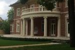 Denkmalgeschützte Villa von aussen neu saniert