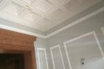Casettendecke und Stuck der Villa im Eingangsbereich neu gestrichen